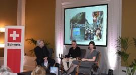 Moderation eines Podiumsgesprächs mit dem Fotografen Andreas Herzau und dem Geschäftsführer des SBVV, Dani Landolf, in der Schweizer Botschaft in Berlin, 2018